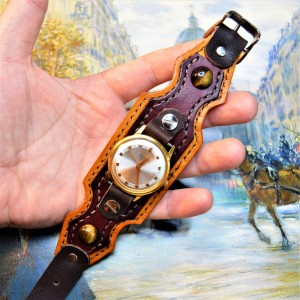 Часовой браслет ( углицкий обрУчъ ) кожаный с тигровым глазом