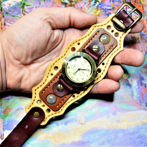 Часовой браслет ( углицкий обрУчъ ) кожаный с лабрадором