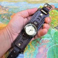 Часовой браслет ( углицкий обрУчъ ) кожаный. Темно коричневый